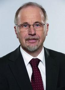 Dr. Axel Reimann