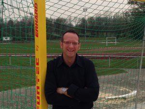 Foto (Universität Paderborn): Prof. Dr. Dr. Claus Reinsberger vom Sportmedizinischen Institut der Universität Paderborn.