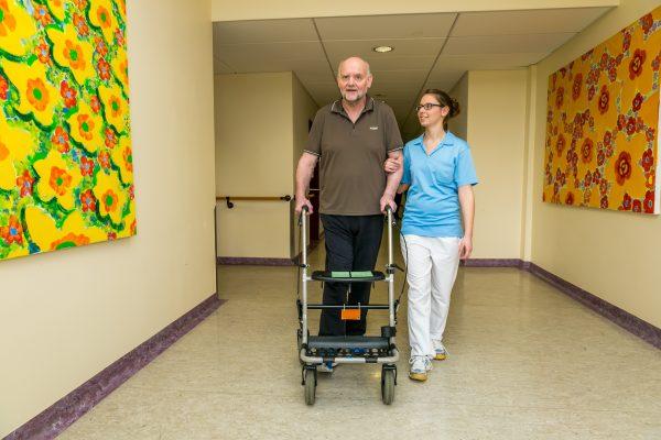 Training, Zuwendung und Lebensstilveränderung - weiterer Neurologe beginnt in der Waldburg-Zeil klinik Bad Wurzach