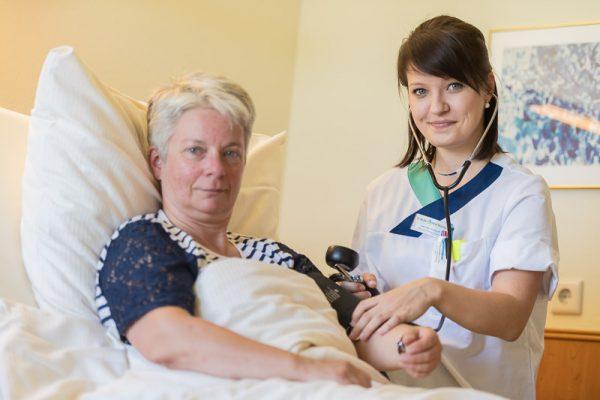 Bundesregierung lehnt Verbesserungen für Rehabilitationskliniken ab / Branchenexperten zeigen sich alarmiert