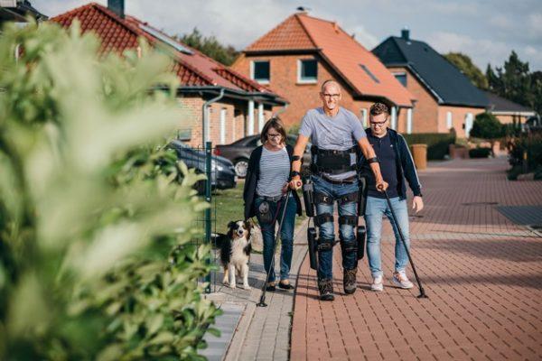 Rehabilitation von Querschnittgelähmten: Exoskelett für neues Lebensgefühl