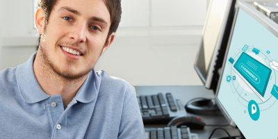 Mit dem Start des Sommersemesters im BFW Leipzig wird erstmals das Berufsbild Kaufleute im E-Commerce als Umschulungsberuf angeboten. © omgimages, iStock