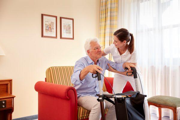 Studie belegt hohen Präventionsbedarf bei Pflegekräften