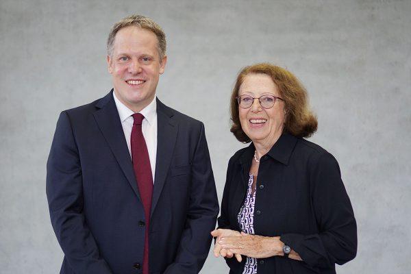 Generationenwechsel bei Kliniken Schmider: Dr. Dagmar Schmieder übergibt Vorsitz der Geschäftsführung