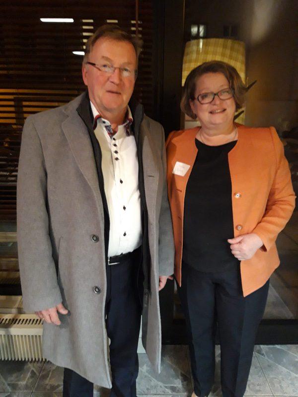 Zu Gast beim Bundesgesundheitsminister: Wunschdienstplan der Dr. Becker Rhein-Sieg-Klinik überzeugt Jens Spahn