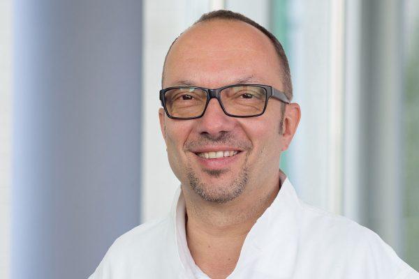 Dipl. med. Tobias Schröter, Leiter des Gesundheitscenters am BFW Leipzig und Reha-Arzt. © A. Starke, BFW Leipzig