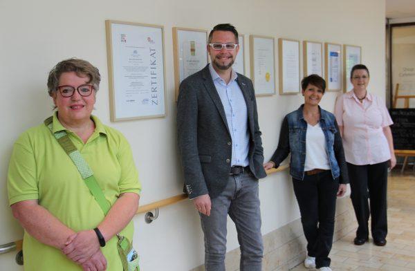 """Marcus Klinik als """"Familienfreundliches Unternehmen im Kreis Höxter"""" rezertifiziert"""