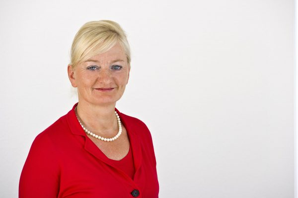 Birgit Richter kehrt als Kaufmännische Leiterin an die AHG Klinik Waren zurück