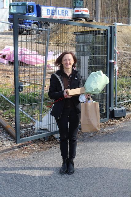 Asklepios Falkenstein: Mitarbeiterin der ersten Stunde in den Ruhestand verabschiedet